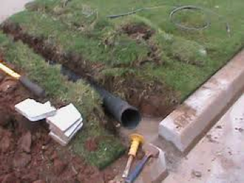 you may be wondering what a french drain is thatu0027s ok because youu0027re about to learn in detail what they are and how your home can benefit from it